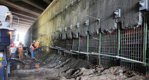 construcción de muro anclado